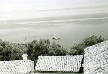 Benitses - ein kleines Boot unter San Stefano 1950