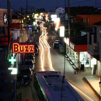 Korfu Fotos - Kavos bei Nacht