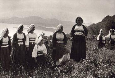 Korfiot Mädchen auf dem Lande 1903