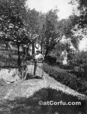 Benitses - Parmenidis Gärten