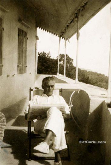 Benitses - Petros Manesis in San Stefano Haus-1934