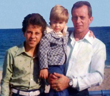 Benitses - George und Kinder