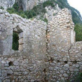 Kirchenruinen in Tsaki benitses