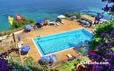 Μπενίτσες - ξενοδοχείο Αχιλλέας παραλία