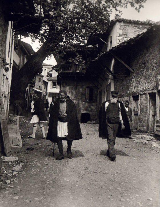 Άνδρες στην Ανδρίτσαινα 1903