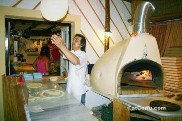 Μπενίτσες - Κάβουρας πίτσα