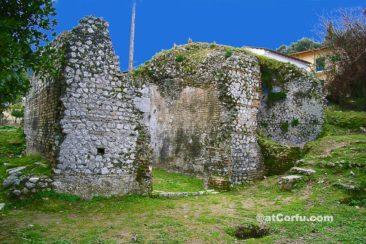 Μπενίτσες - Ρωμαϊκά λουτρά