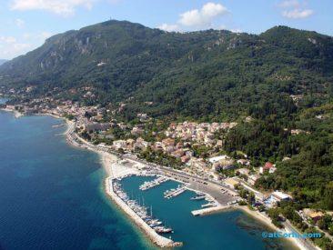 Μπενίτσες αεροφωτογραφίες - το λιμάνι από ψηλά