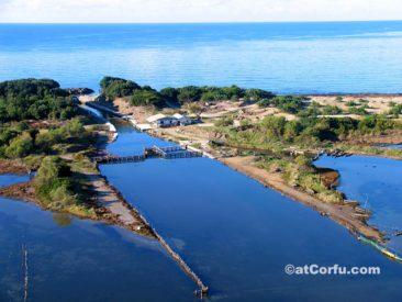 Κέρκυρα φωτογραφίες - η είσοδος της λιμνοθάλασσας Κορισσίων