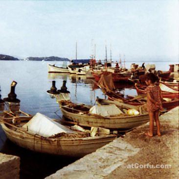 Μπενίτσες - στο λιμάνι το 1970