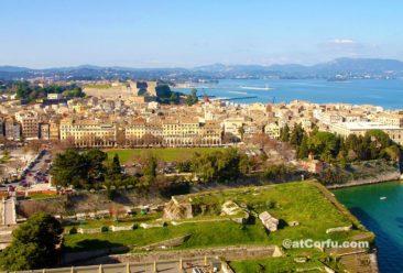 Κέρκυρα φωτογραφίες - η πόλη από το παλιό φρούριο