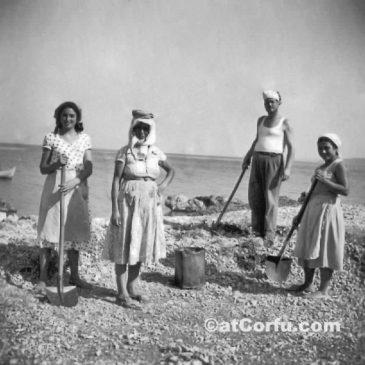 Κατασκευή παλιού λιμανιού στις Μπενίτσες 1960