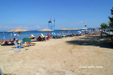 Κέρκυρα φωτογραφίες - παραλία στις Μπενίτσες