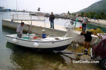 Μπενίτσες, η βάρκα του Μιχάλη Αντύπα