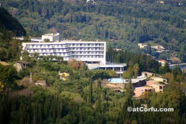 Μπενίτσες, ξενοδοχείο San Stefano