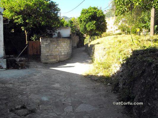 Μπενίτσες δρομάκι για Ρωμαϊκά λουτρά