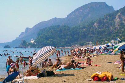 Παραλία Γλυφάδα Κέρκυρα