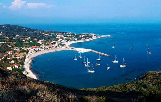 λιμάνι Θθωνών
