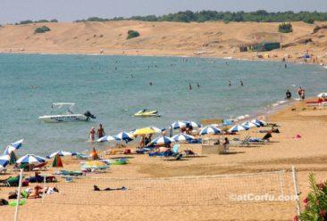 Κέρκυρα φωτογραφίες,στην παραλία του Άη Γιώργη Αργυράδων