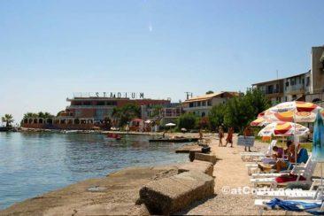 Benitses - loutrouvia beach