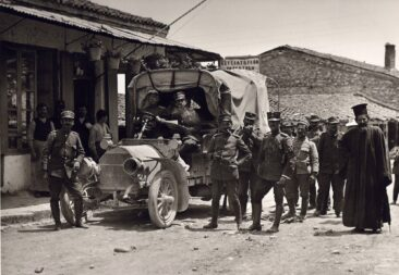 Greek army in Filipiada 1913
