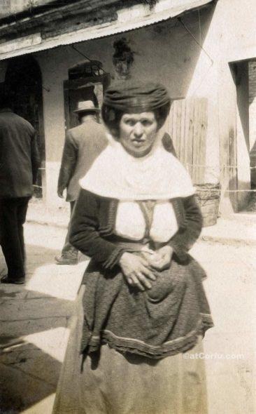Corfu old photos-a girl of 1930