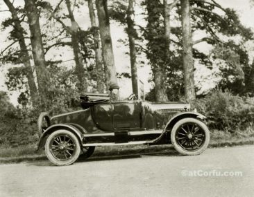 Benitses - Niki Rali in car 1927