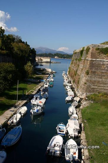 Corfu photos - Kontra fossa in old fortress