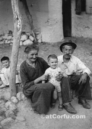 Benitses - Lampitsis, wife and children 1950