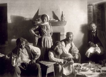 A family in Zemeno of Korinthos 1903