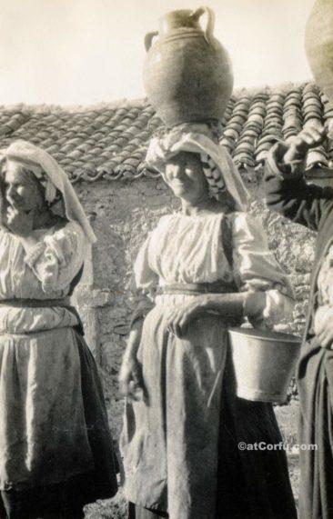 Corfu old photos-women carrying water pots