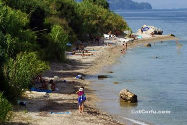 Corfu photos - Benitses beach