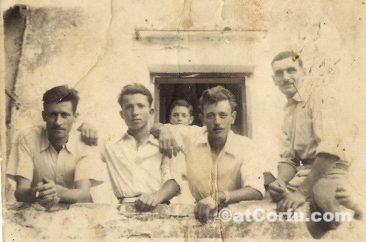 Benitses - Tonis, Menelaos, Erotas, Nionios 1950