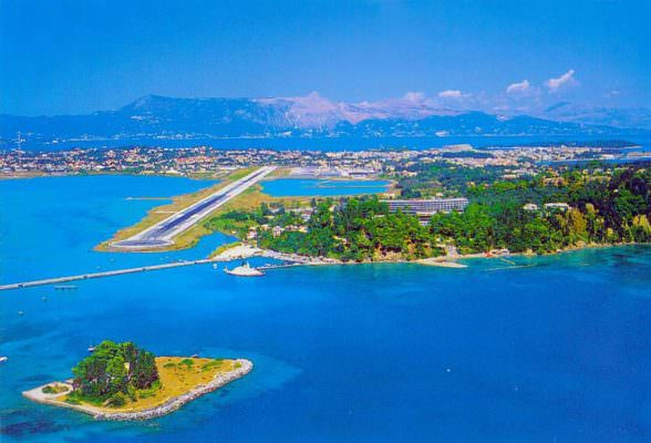 Corfu airport and mouse island from plane